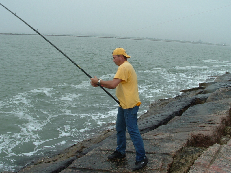 Surfside jetty december 20th redfish and drum trip texas for Fishing report surfside tx